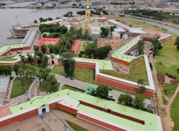 Guided tour of St. Peter and Paul fortress